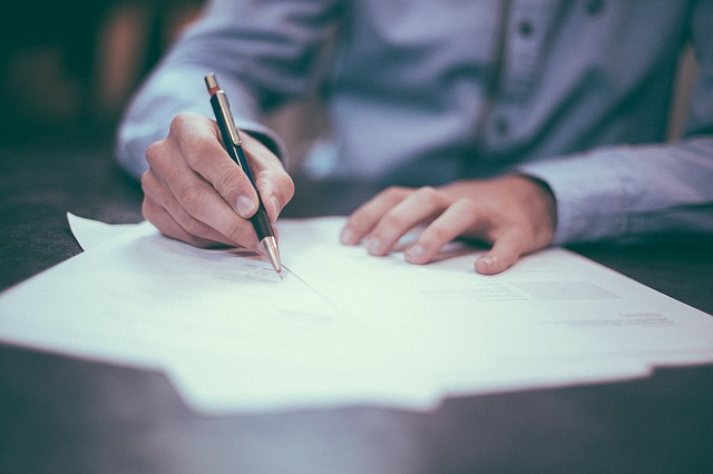 "What to Know About the ""Contract"" in General Contracting"